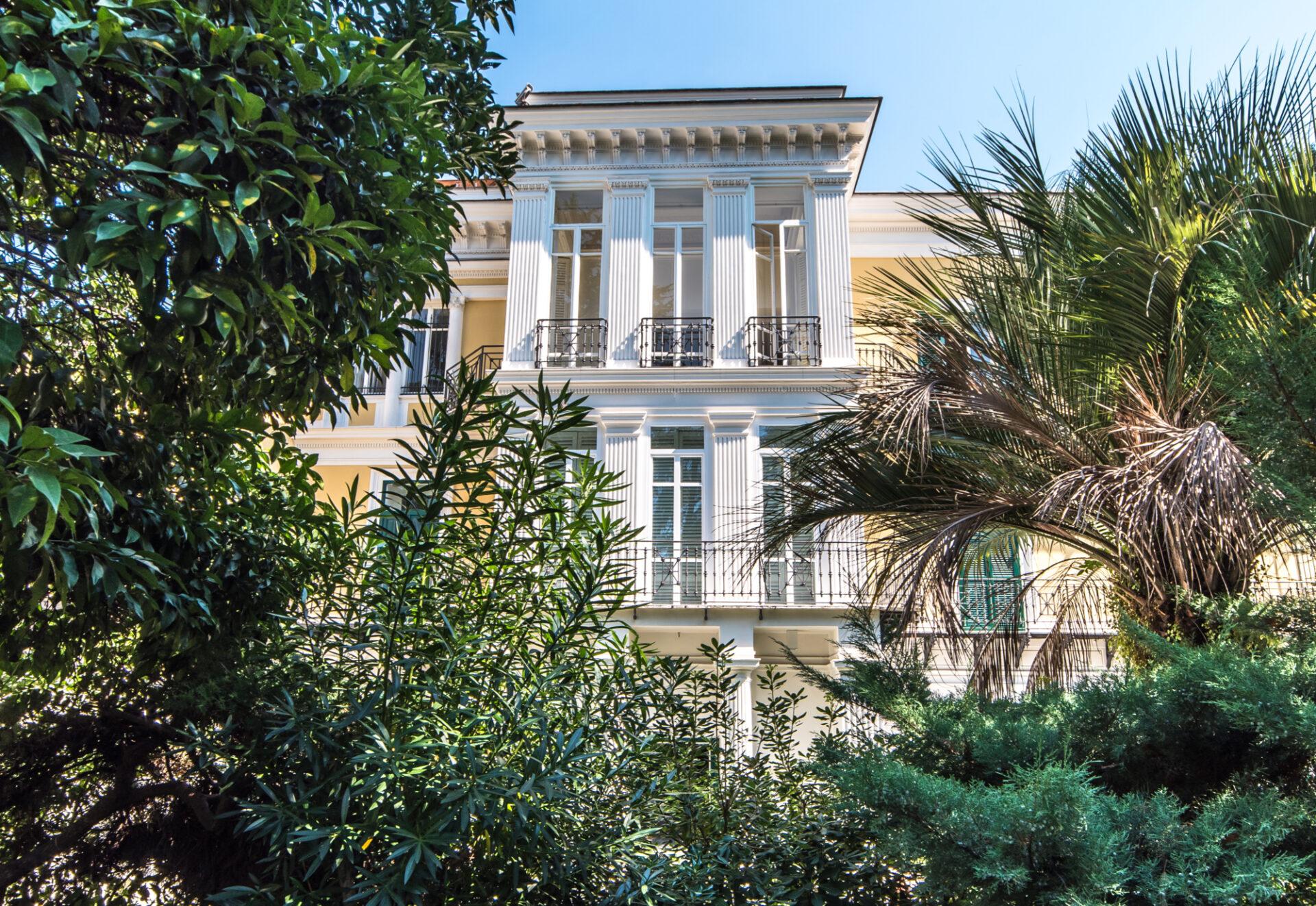 Pontano 44 Napoli - Facciata - Immobili Cittamoderna