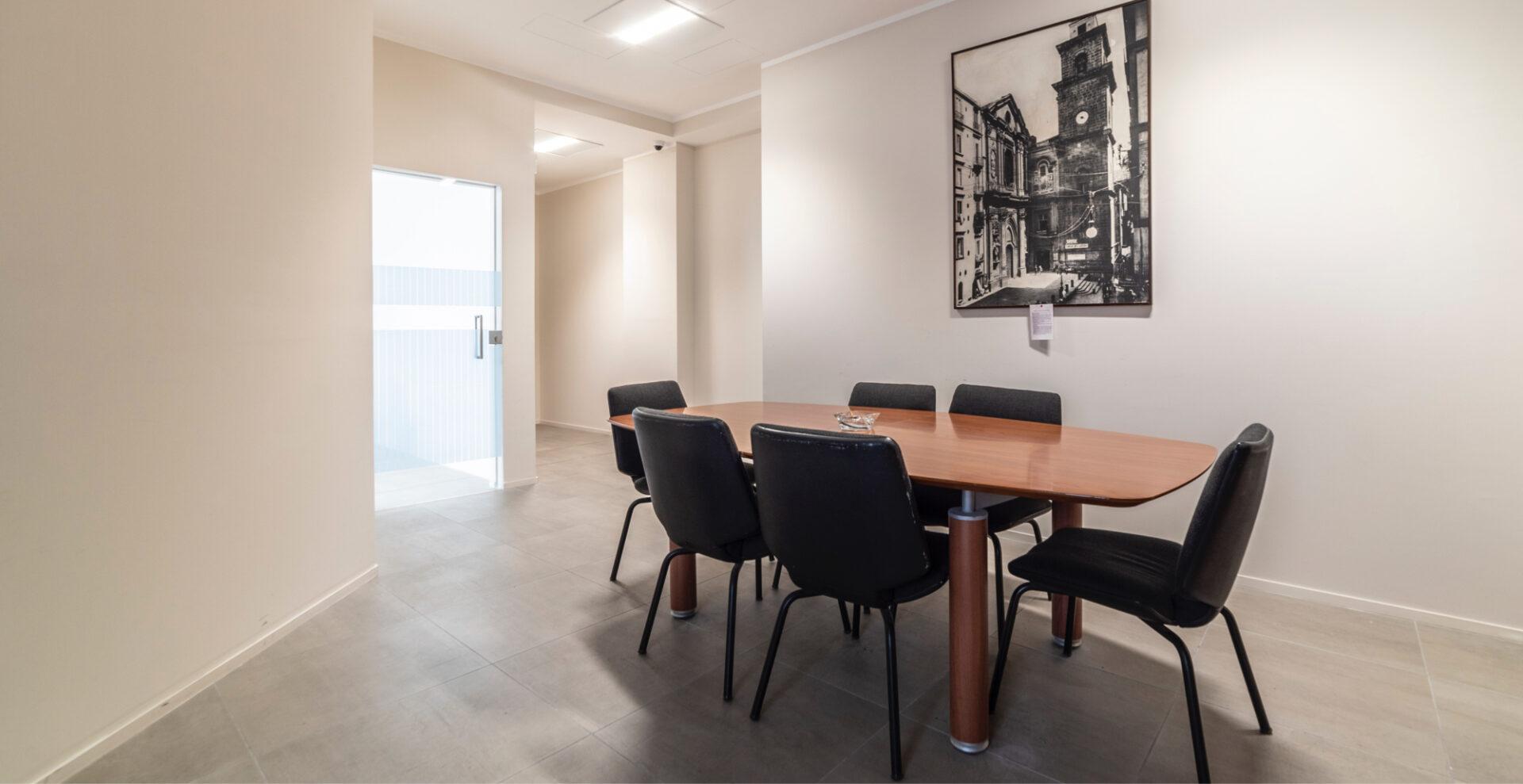 Toledo Napoli - Sala riunioni - Immobili Cittamoderna